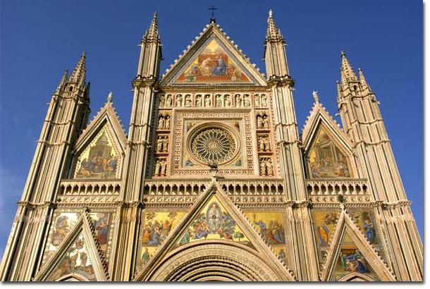 La natività di Ugolino di Prete Ilario affrescata nel Duomo di Orvieto.
